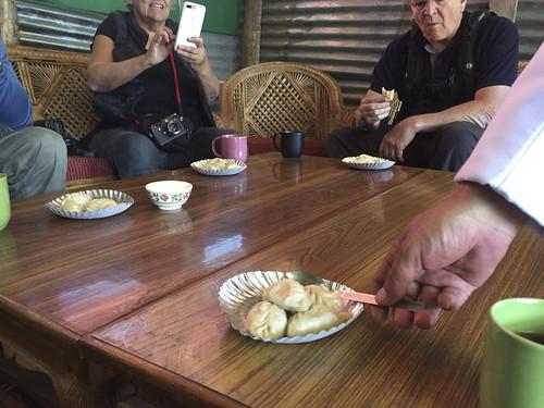friends  benny bhutan 2016-153