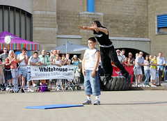 aj 02 (entertrain) Tags: streetperformer streetentertainer ajjames andrewhudspith
