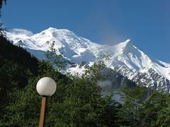 IMG_3271 (michel_farhi) Tags: paris france alps geneve montblanc aiguilledumidi yvoire martigny oyonnax residencemgm