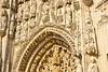 Abbatiale de St Riquier (JDAMI) Tags: abbatiale abbaye détails gothique fronton église sculptures pierre calacaire blanc portail somme 80 picardie france hautsdefrance nikon d600 tamron 2470 striquier