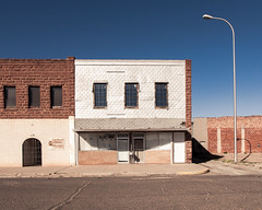 (el zopilote) Tags: tucumcari newmexico street architecture townscape signs smalltowns powerlines storefronts canon eos 1dsmarkiii canonef24105mmf4lisusm fullframe wow 500