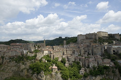 Clifftop town of Sorano