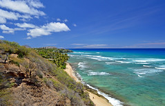 Kaalawai Beach (jcc55883) Tags: ocean sky clouds hawaii nikon oahu horizon pacificocean blackpoint goldcoast nikond3200 d3200 kaalawaibeach diamondheadroad kahalacoast