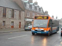 Strathtay - 254 - SP05ECN - Traction-Group20050335 (Rapidsnap (Gary Mitchelhill)) Tags: strathtay strathtaybuses forfar buses greyday gloomy scotchmist