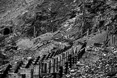 Olvido (Tanty.) Tags: old train wood beam mountain rusty nieve tren madera viejo cordillera fierro vigas oxidado durmiente airon montaña trasandino piedras astillas clavos