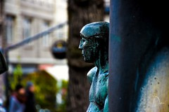 ... Ápice (david7101990) Tags: skulptur escultura hamburg deutschland germany blau azul verde mirada blick look nariz nose nase nikond7200