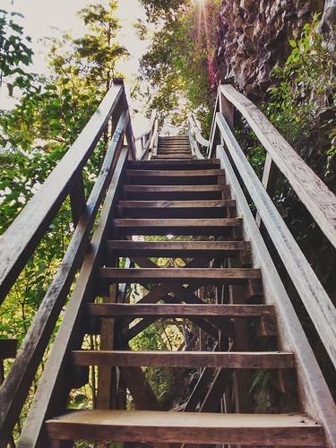 Escalando entre cerros.