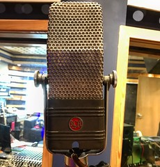 Up Close & Personal (Pennan_Brae) Tags: rca singasong recordingsession music recording recordingstudio sing singing vocals musicstudio vintagemicrophone mic microphone