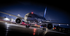 Air France B777-300 SkyTeam (360 Photography) Tags: night plane airplane airport montreal aviation 777 dorval avion airfrance pushback yul 2015 b777 aeronautique skyteam 080615 mathieupouliot fgznn af349
