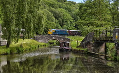 33102. Canal crossing ……….. (Alan Burkwood) Tags: diesel locomotive consall 33102 caldoncanal d6513 churnettvalleyrly