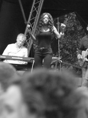 Heather Small The Big Weekend Cambridge July 2015 H (symonmreynolds) Tags: cambridge blackandwhite white black concert livemusic july free parkerspiece 2015 heathersmall mpeople gigg thebigweekend cambridgelive