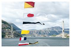 Bron _ 2 (leo.roos) Tags: bridge brug bron ferry norway noorwegen 2012 spring lente darosa leoroos norwayspring2012 3152012 lysefjorden a900 sonyczvariosonnar247028 zeiss lysebotnlauvvik
