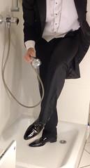 white-tie-shower-1_10300236975_o (shinydressshoes) Tags: tails tailcoat tuxedo suit muddy gunge wet shiny shoes shinyshoes leather patent dressshoes groom wedding whitetie frack formal shower lackschuhe lackschuh