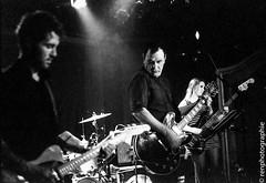 Regard. (renphotographie) Tags: analog film tmaxdev argentique noiretblanc concert gig live theweddingpresent davidgedge bw bnw contaxg1 fujineopan1600