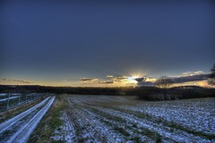 The right way (Köömbroder) Tags: sonyalpha6000 samyang12mm sonnenuntergang sunset sky schnee melsdorf mettenhof himmel kiel way weg feldweg einsam einsamkeit lonly