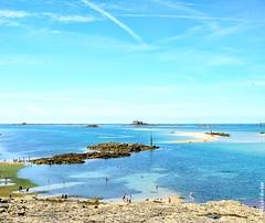 Dinard (Olivier PRIEUR) Tags: sea summer mer brittany bretagne lowtide bathing t dinard rivage baignade marebasse lleetvilaine