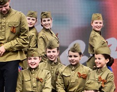 San Petersburgo (Rusia, Russia) (Daniel Vinuesa) Tags: red russia guard hdr rusia sanpetersburgo iiworldwar wwwvinuesacom danielvinuesa wwwviajesparatorpescom sanpetersbourgh