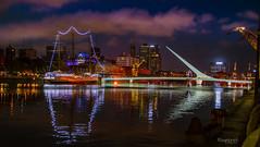 Fragata Sarmiento y Puente de la Mujer (raperol) Tags: argentina buenosaires puertomadero panorámica noche rio agua airelibre puente puerto reflejos