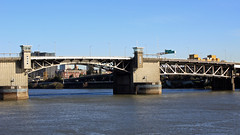 Morrison Bridge (JB by the Sea) Tags: portland oregon multnomahcounty december2016 tommccallwaterfrontpark willametteriver morrisonbridge nationalregisterofhistoricplaces