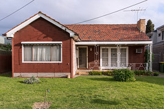 Maidstone (Westographer) Tags: maidstone melbourne australia westernsuburbs suburbia house home fauxbrick wroughtiron frontyard oldschool