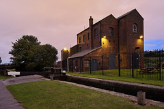 Titford Pumphouse, Oldbury, West Midlands 03/09/2016 (Gary S. Crutchley) Tags: oldbury sandwell west midlands titford canal uk great britain england united kingdom urban town townscape walsall walsallflickr walsallweb black country blackcountry staffordshire staffs westmidlands nikon d800 history heritage 1635mm f40g af s ed nikkor travel raw navigation cut inland waterway bcn narrowboat lock junction wyrley and essington canalscape scape