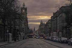 Sunset at Princess Street (Miquel Gomis) Tags: scotland edinburgh escocia city atardecer sunset ciudad k5iis pentax edimburgo reinounido gb
