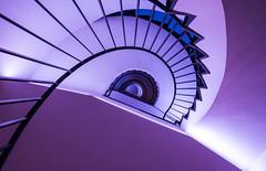 gravitation I (MyMUCPics) Tags: münchen munich architecture treppen treppenhaus stairs staircase abstract abstrakt spiral design interior indoor drinnen sog gravitation 2017 januar january architektur