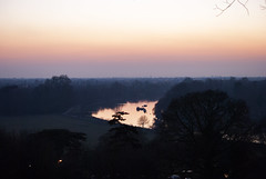Richmond Park, London (Tiphaine Rolland) Tags: richmond richmondpark london londres parc park nikond3000 d3000 nikon winter hiver sunset coucherdesoleil river rivière thames tamise water eau