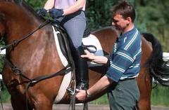 lzs7-2429 (lotharlenz) Tags: reitplatz reitunterricht reitlehrer reiten reitstiefel zirgs pferd paard konj horse hobu hestur hest häst equus cheval cavalo caballo lotharlenz