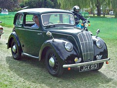 552 Morris Eight Series E 2 door Saloon (1947) (robertknight16) Tags: morris british 1940s eight seriese luton jgx513