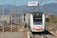 09ene17-0557 (Tinico Jones) Tags: renfe trena цягнік vlak влак tren tog trein rong juna train bahn τρένο vonat traein treno vilciens traukinys воз ferrovija pociąg trem tåg поїзд trên renfeserie449 449 serie449 serie449derenfe