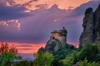 Ιερά Μονή Αγίου Νικολάου Αναπαυσά Μετέωρα Holy Monastery of Saint Nikolaos Anapafsas Meteora H.D.R. 5 caps