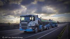 ISI-60D-170615_82879.1 (Ian Stewart1) Tags: scania fonterra milktanker truckandtrailer scaniap420