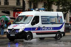 Police Nationale | Renault Master (spottingweb) Tags: paris france police renault master aso tourdefrance spotting letour facelift carspotting letourdefrance plainte commissariat lagrandeboucle gyrophare truckspotting amaurysportorganisation spottingweb