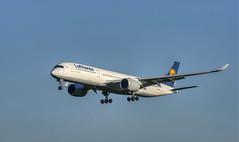 Lufthansa Airbus A350-900 D-AIXA (MK|PHOTOGRAPHY) Tags: lufthansa airbus a350900 aviation flugzeug aircraft flughafen airport hannoverlangenhagen deutschland germany pentax k1 hdpentaxdfa150450mmf4556eddcaw matthias körner mattkoerner1 mk|photography