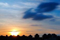 2015-06-02 18.22.35 (pang yu liu) Tags: 長曝 long 2015 06 jun 六月 日落 頂樓 夕照 rooftop 深耕 sunset dusk weather