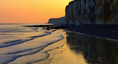 Into rocking waves (Ker Kaya) Tags: seascape serenity fz200 kerkaya cliffs beauty beach reflections france normandy sunrise golden goldenhour fdekerkaya ker kaya artist photography dmcfz200 kerkayaphotography