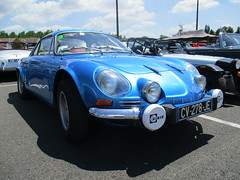 Berlinette Alpine (xwattez) Tags: auto old france car french automobile expo voiture renault exposition alpine transports montauban ancienne 2015 franaise vhicule berlinette