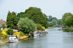 Cambridge Houseboat (scuba_dooba) Tags: cambridge house water river boat cam houseboat chesterton cambridgeshire