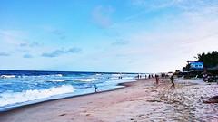 Fim de tarde na Praia do Futuro, Fortaleza,  Ceará. (epougy) Tags: praiadofuturo ceará fortaleza arlivre pessoas mar praia