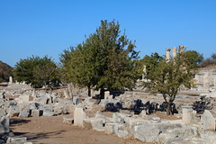 IMG_441a1 (goaniwhere) Tags: ephesus ephesusturkey turkey ancientcity historicsite history rubble ruins grandtheatre libraryofcelsus mycenean