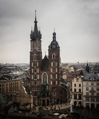"""Towers on a gloomy day (Ania Mendrek) Tags: krakow poland cracow christmas winter foggy holidays visiting xmas city history architecture old town """"old town"""" """"main square"""" medieval square townhouses """"cloth hall"""" sukiennice """"town hall tower"""" tower monuments mariacki church """"mariacki church"""" """"st marys basilica"""" basilica mariackichurch towers skyline gothic"""