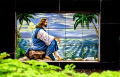 Cemitério (Vincent Zanicheli) Tags: cruz pedra cemitério dia diferente tudo depende do seu olhar pirassununga brasil interior pintura são paulo céu lindo azul estatua arquitetura escultura
