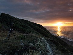 Capturing Sunrise (Tbant) Tags: sun rise sunrise cliff beach devon dorset sky sea timelapse nikon d800 manfrotto rousdon lyme bay clouds reflection reflections earlymorning early dawn iphone mobile phone camera tripod