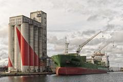 BWE-4110-BENEDITO- copie (egoteabs) Tags: pentaxk5 tamronaf1750mmf28xrdiiild saintnazaire benedito cargo port harbour hx