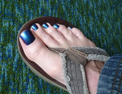 Biferengence in Teal mode (toepaintguy) Tags: male guy men man masculine boy nail nails fingernail fingernails toenail toenails toe foot feet pedi pedicure sandal sandals polish lacquer gloss glossy shine shiny sexy fun daring allure gorgeous ilnp birefrengence purple violet red gold pink teal green blue holo chameleon colorchanger