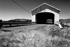 Lowell Covered Bridge - Lowell Oregon (Nativeagle) Tags: bridge oregon nikon d70 native bridges cover coveredbridge navajo nativeagle lowell nikon1835 lowelloregon oregoncoveredbridges