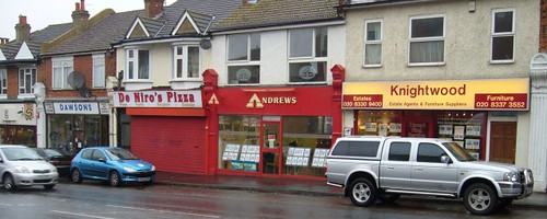 De Niro's Pizza, mid-left, on Central Road, Worcester Park in 2006