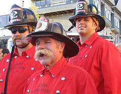 visiting firemen (fotogail) Tags: sanfrancisco california news earthquake pix auburn cigar moustache fireman firemen 1906 firefighter fotogail 418 april18 thebigone sanfranciscoearthquake sfquakecentennial goldenhydrant sfearthquake yourtop60interestingfaves2006thanks gail:williams=2006