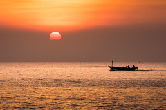 Let Me Go Home (Gift of Light) Tags: boat sea seascape life sunset sun sky cloud water day evening travel rayong thailand khaolaemya sony sonya7rii a7rii a7rmkii sonya7rmkii sonyalpha sonyfe70200mmf40goss fe 7020040 4070200 70200mm f40 g oss